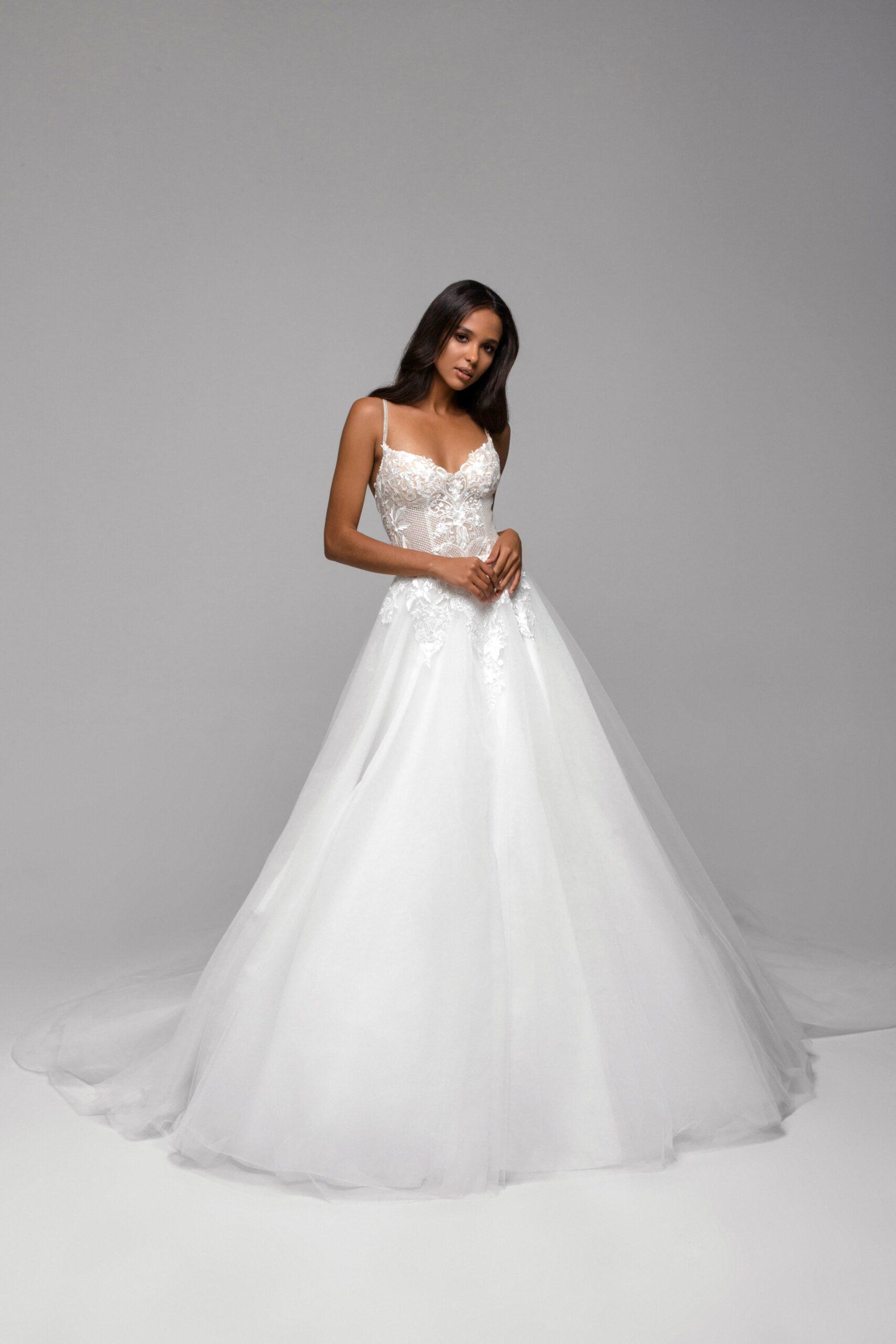 Купить свадебное платье Львов